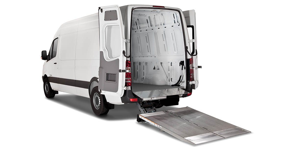 Hydraulic Lift Tailgate : Expertec tommy gate the original hydraulic lift